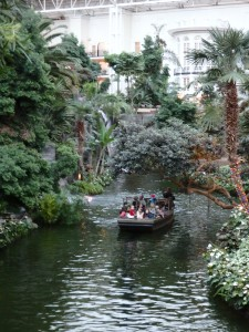 The Baseball Winter Meetings are an attraction by themselves, but this year they compete with boat rides at Opryland.